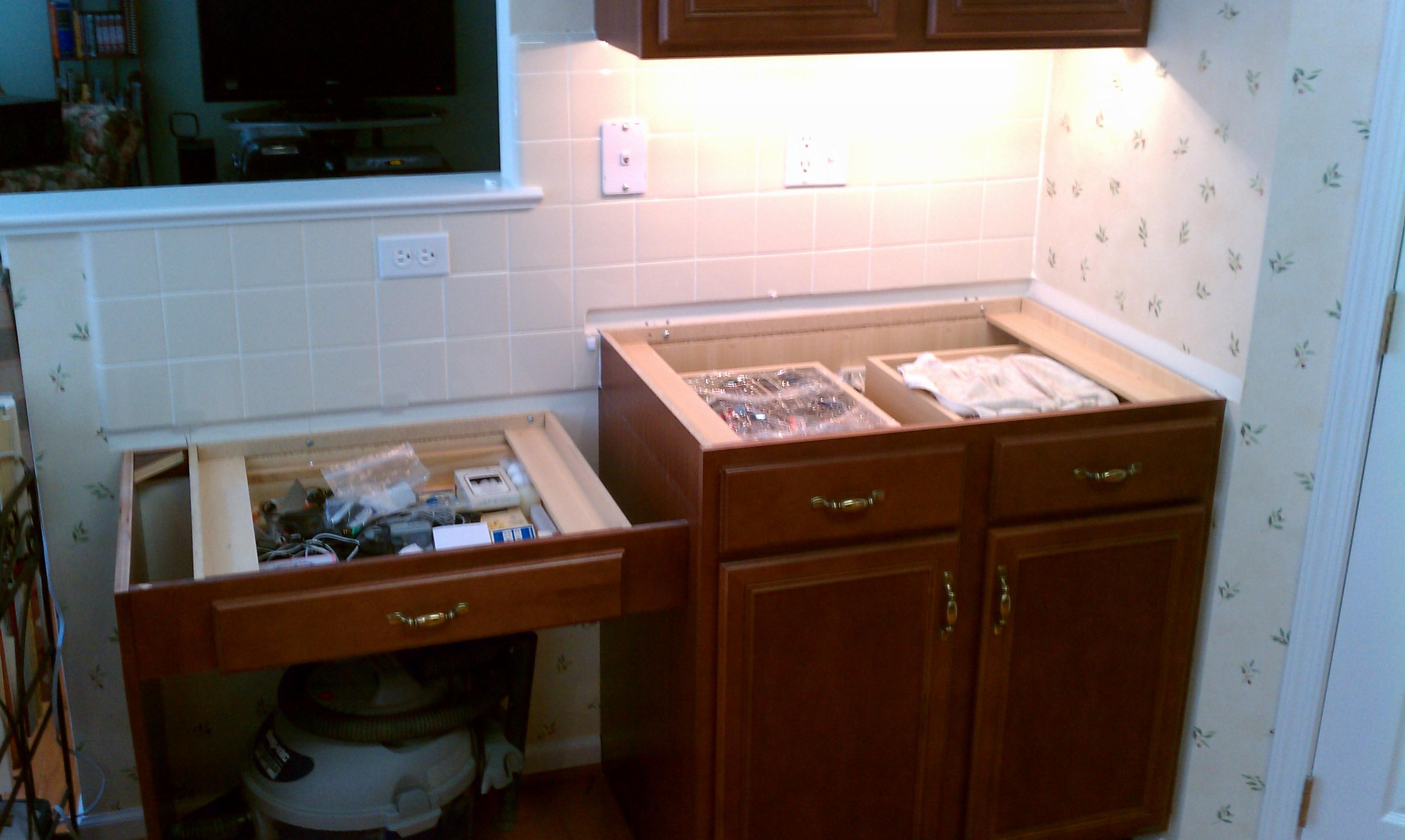Granite Countertops Amp Under Cabinet Lighting West